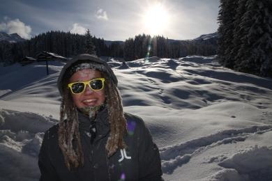 Kan man vara annat än lycklig täckt i snö?